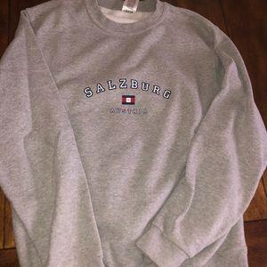 Tops - Unisex M sweatshirt bought in Salzburg Austria